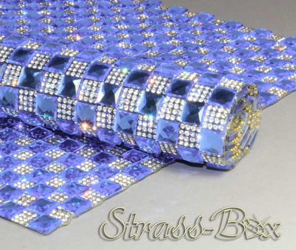 Fancy light Sapphire / Crystal